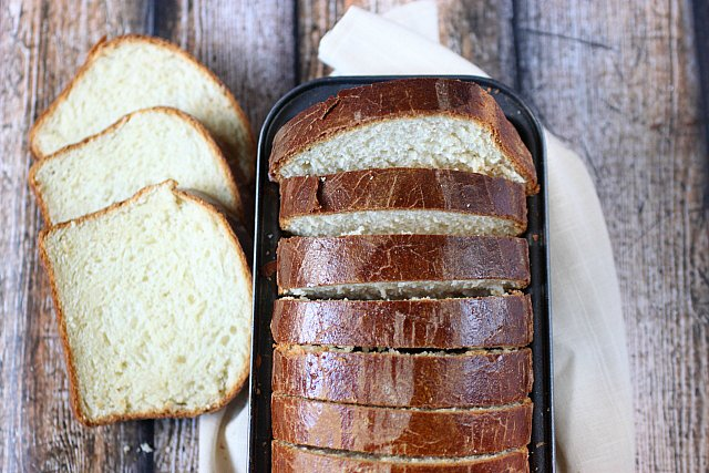 Challah Bread {mind-over-batter.com}