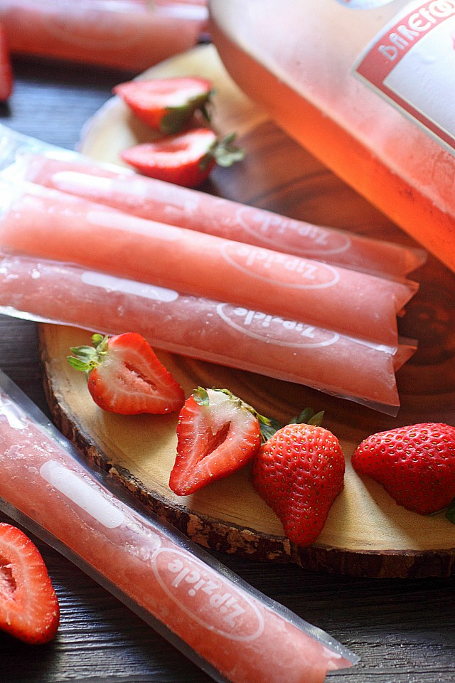 Strawberry Moscato Ice Pops -- www.mind-over-batter.com