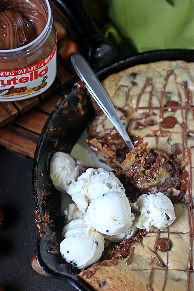 Nutella Stuffed Skillet Cookie -- www.mind-over-batter.com
