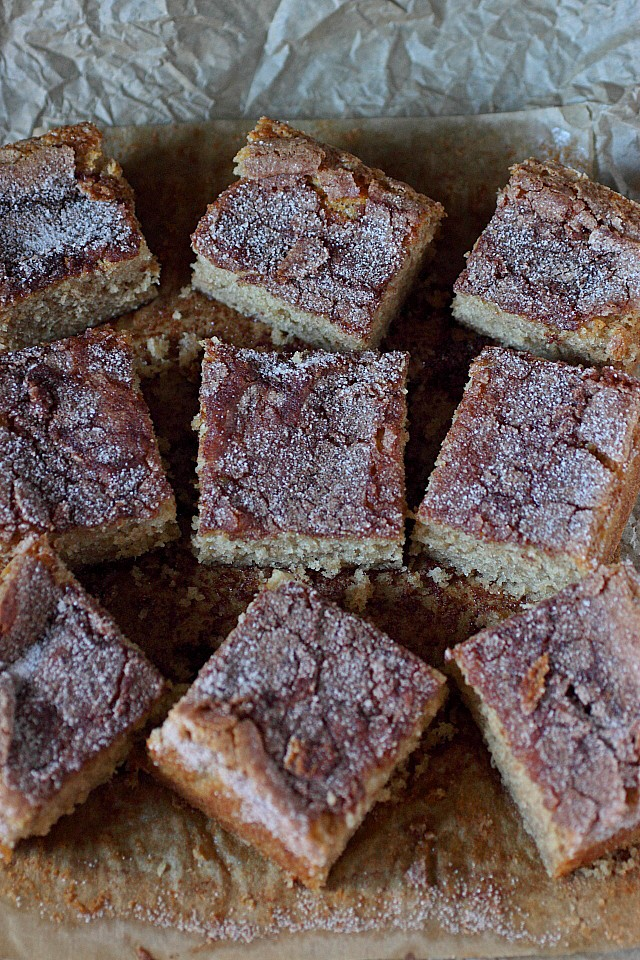 Snickerdoodle Snack Cake -- www.mind-over-batter.com
