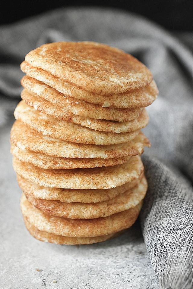 Most Amazing Snickerdoodle Cookies -- www.mind-over-batter.com